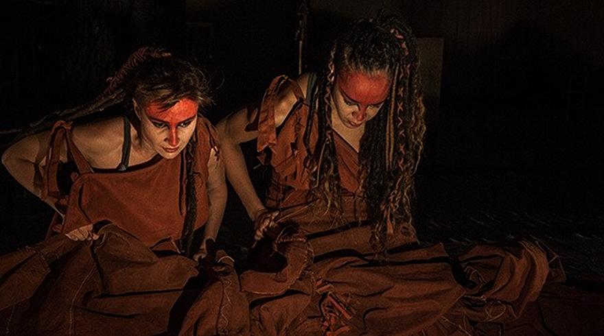 Teatro e hip hop juntos em Antígona Recortada | Foto: Divulgação